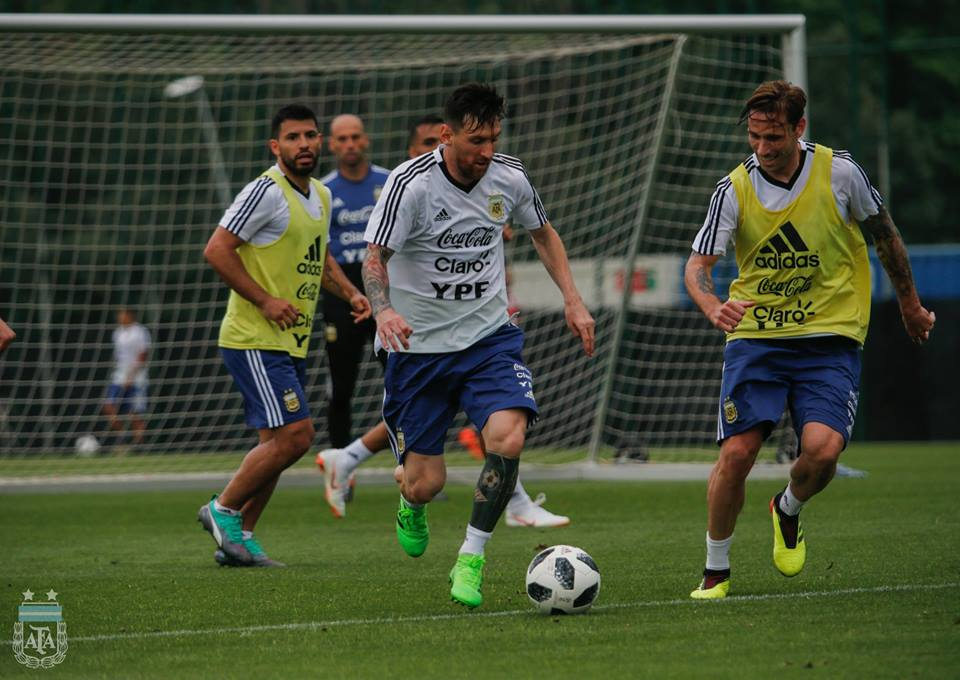 Argentina has called off a World Cup warmup match against Israel following protests by pro-Palestinian groups.