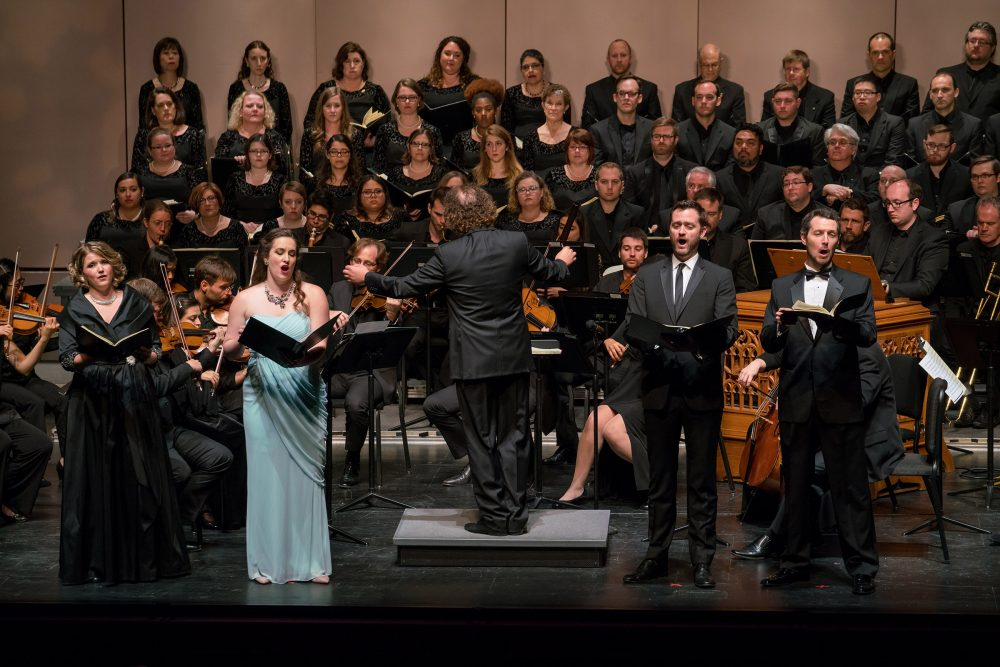 Concert photo of Mercury performing Mozart's Requiem