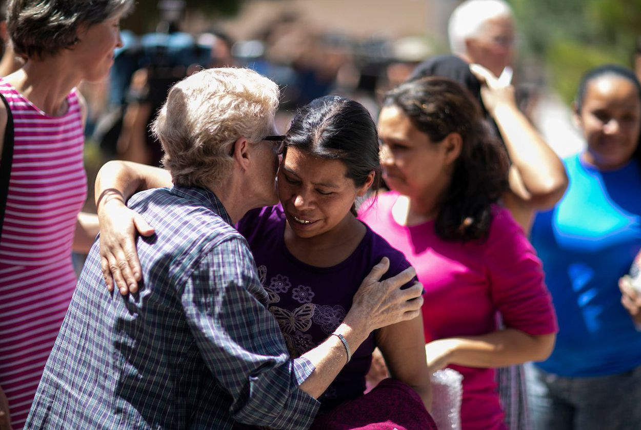Immigrants arrive at the Casa Vides Annunciation House shelter after being released from U.S. CBP custody, Sunday, June 24, 2018, in El Paso.
