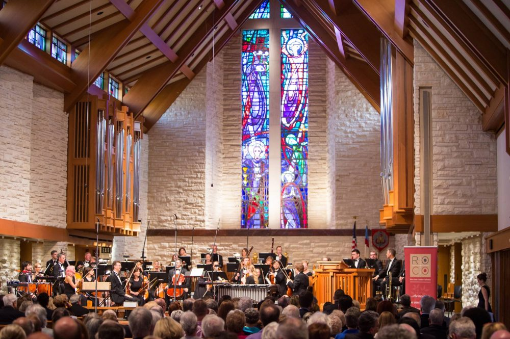 Concert photo of the River Oaks Chamber Orchestra