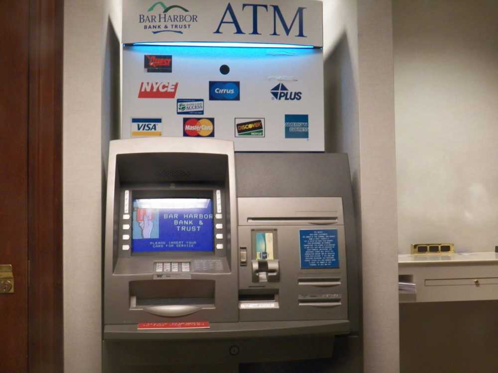 Houston Has Highest ATM Fees For Out-Of-Network Withdrawals