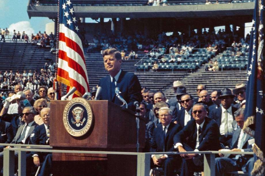 John. F. Kennedy - We Choose to Go to the Moon Speech, Rice Univ.