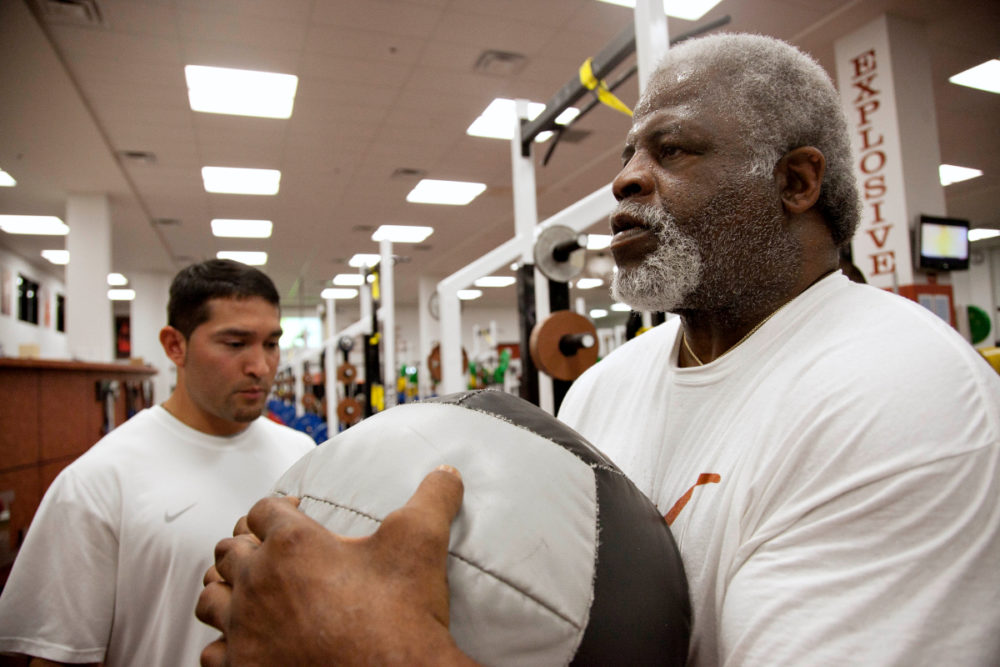 Earl Campbell Works Out