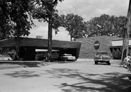 The Farnsworth & Chambers Building in the 1960s